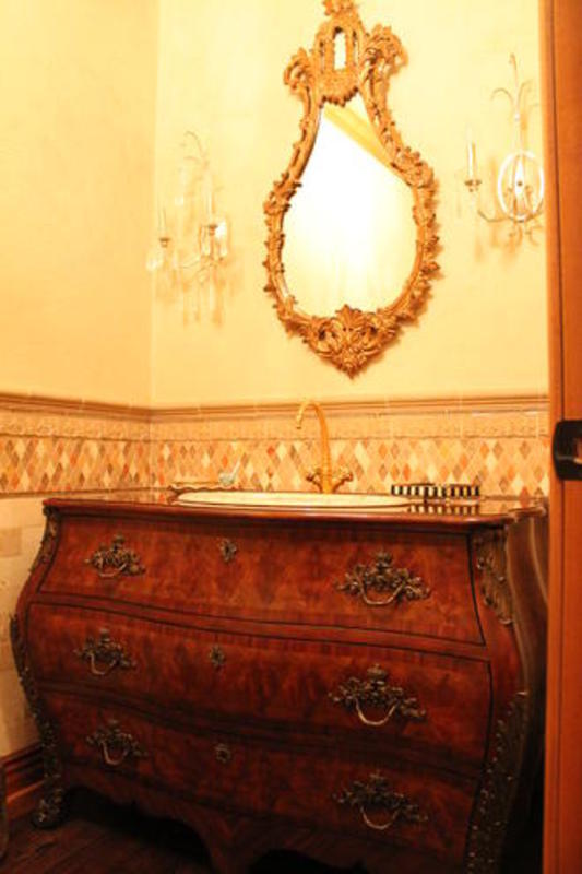 Detailed Powder Room
